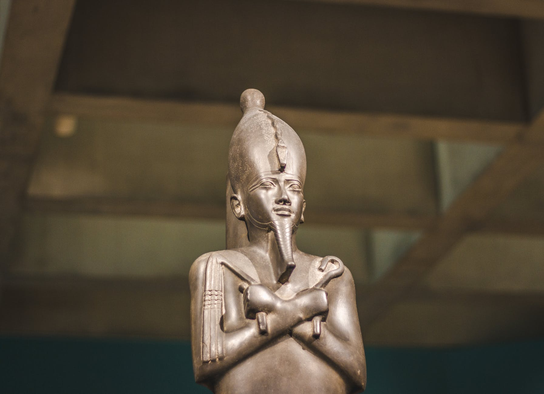 close up photo of pharaoh figurine